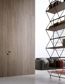 01.Linvisibile_Alba_Infinito Hinged door_Laminate finish_Boiserie System in continuity with the wall